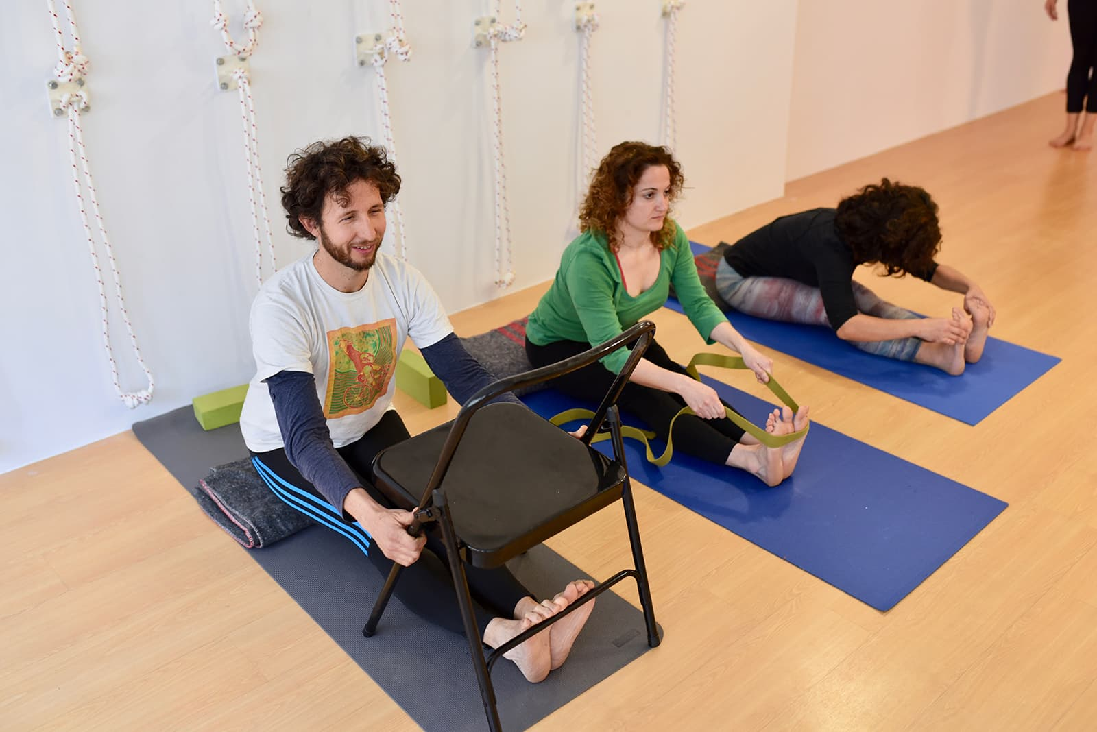 Clases semanales de Yoga - Karmuka Yoga